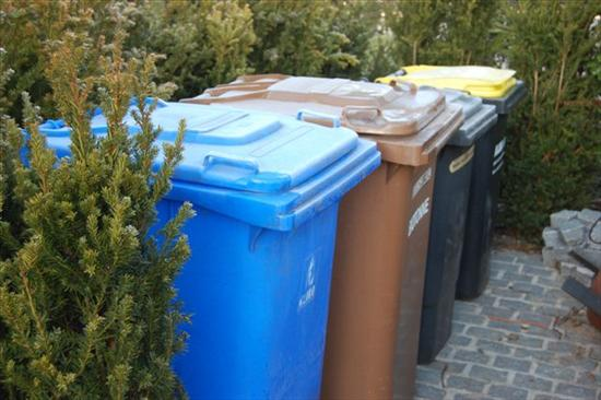 Am Tannenbaum Ratingen.Presseartikel Zum Thema Müllentsorgung Am Tannenbaum Bürger